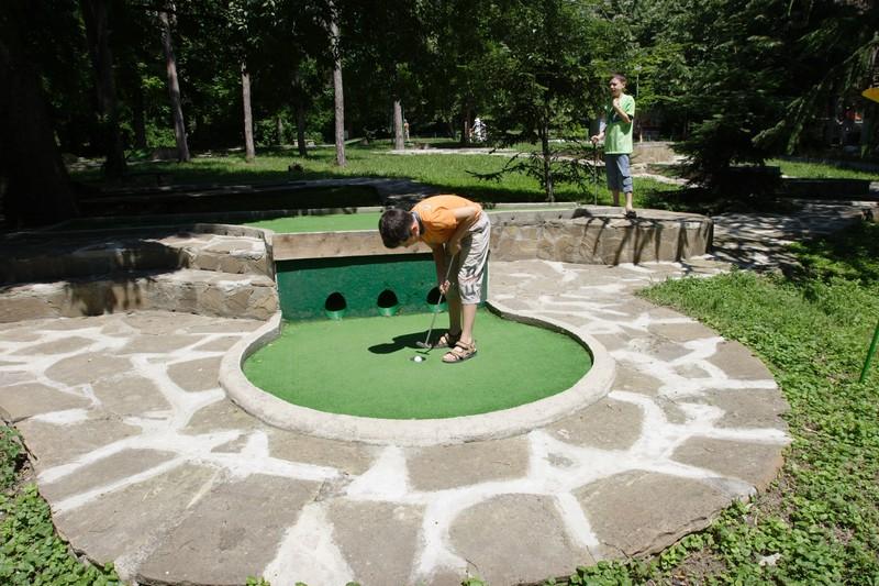Мини голф Детски кът Варна